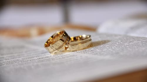 10 Myths About Marriage Vows that a Couple Should Avoid
