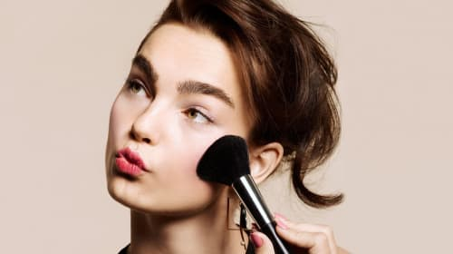 10 Cool Makeup Looks for Date Night