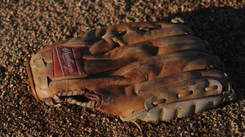 Top 10 Baseball Gloves for Pitchers
