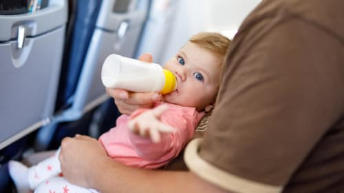 10 Useful Tips for Traveling with a Baby