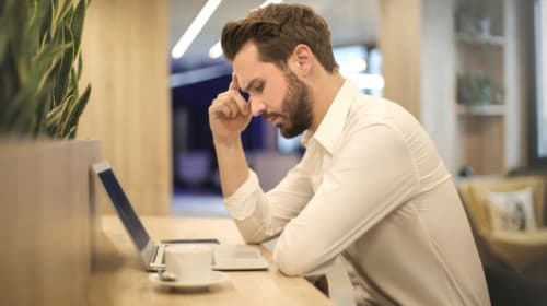 5 Tips to Reduce Back Pain from Sitting at a Desk