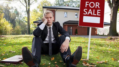 How To Become a Real Estate Agent: Factors To Consider