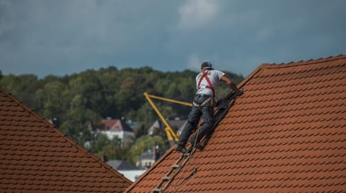 How to Deal With Roof Issues