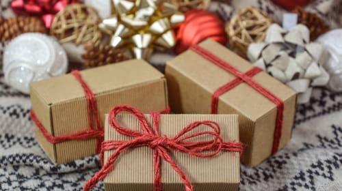 Creative Christmas Arts and Crafts Anyone Can Make