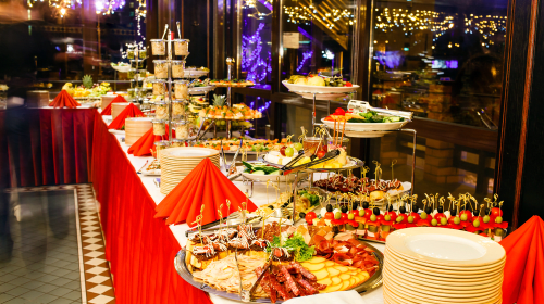 4 Things to Know in Order to Find the Best Wedding Catering