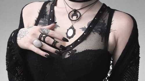 10 Witchy Fashion Items for Your Favorite Goth Chick