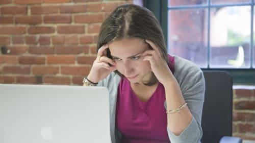 Responding to Online Customer Complaints