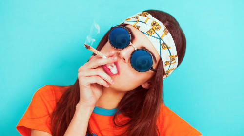 Best Gifts for Your Stoner Girlfriend