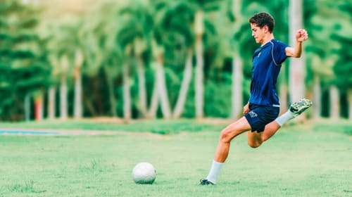 Get Back in the Game: Tips for Recovering Quickly from a Sports Injury