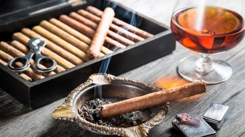 Best Cognac and Cigar Pairings to Enjoy