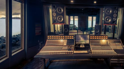 Mixing & Mastering with Digital Minds