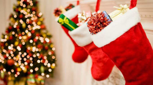 8 Stocking Stuffer Ideas for Teenagers and Young Adults