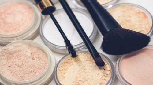 10 Multi-Use Makeup Products Everyone Needs