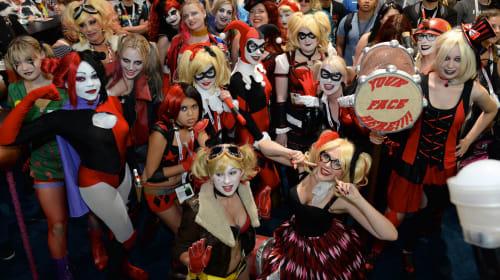 Insane Harley Quinn Cosplay Costumes