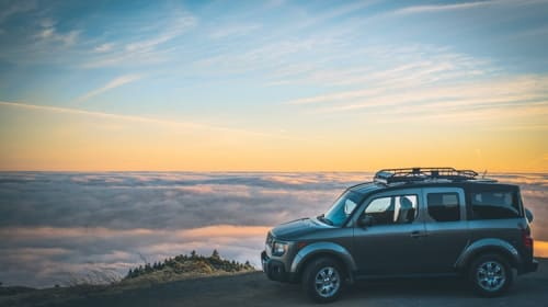 How to Choose the Right Universal Roof Rack for Your Vehicle