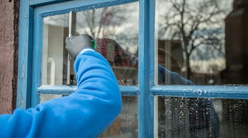 The Best Ways to Clean Windows According to the Experts