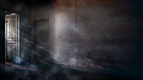 11 Things That Might Indicate a Ghost in Your House