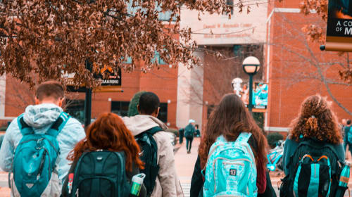Why High School Seniors Should Carefully Consider The Pros and Cons of College