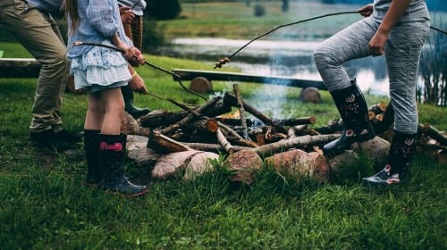 6 Enjoyable Ways to Bring Your Family Closer Together