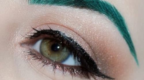 Cosplay Makeup Tutorial — Recoloring Eyebrows