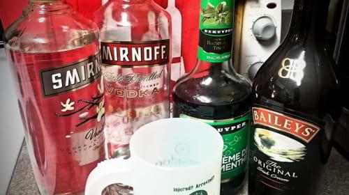 The Ginger Tea Reviews: Boozy Matcha Shamrock Shake