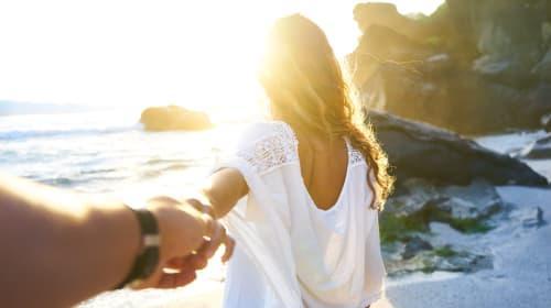 10 Honeymoon Dresses for Under $100