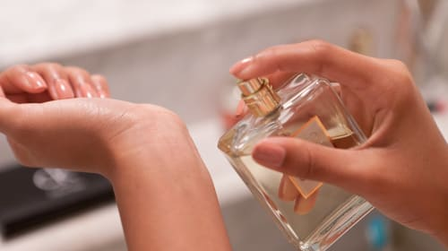 10 Spicy Fragrances Perfect for Winter