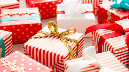 Best Gifts for Couples for Every Season