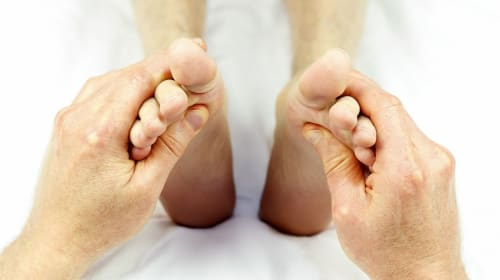 Living With Gout: The Pros and Cons, But Mostly Cons