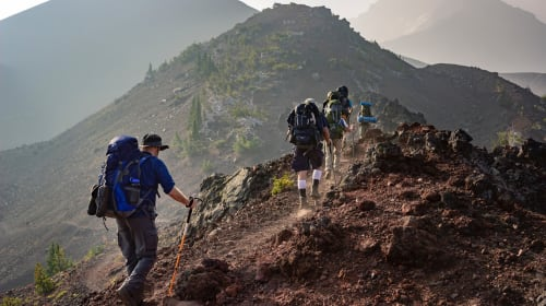 Hiking Shoes: How to Select the Right Kind