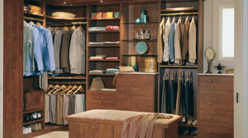 5 Things Every Man Should Have in His Closet