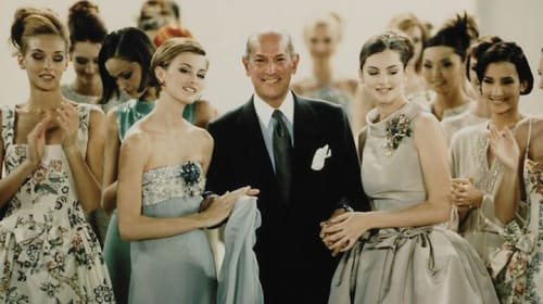 Fashion Icon, Oscar de la Renta Has His Own Fashion Exhibition