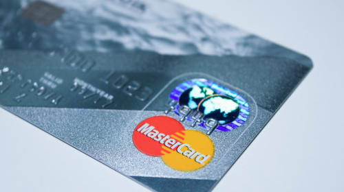 Which Is the Best Credit Card in UK to Clear off £3000 of Debt?