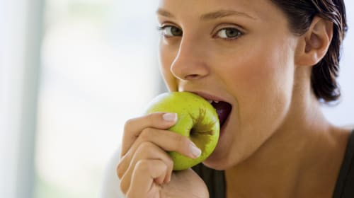 Why Is My Mouth So Itchy After Eating Fruit?
