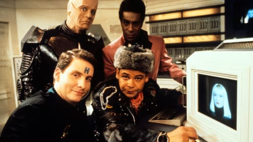 Red Dwarf: 10 Best Episodes to Watch for All Smeg Heads
