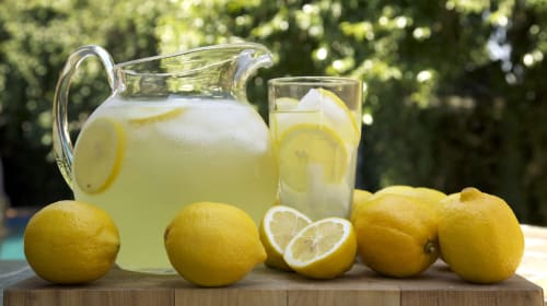 The Ginger Tea Reviews: Boozy White Tea Lemonade