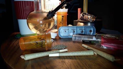 Marijuana & Morphine... My Life in a Pill Bottle