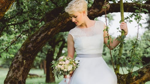 Best Wedding Hairstyles for Short Hair
