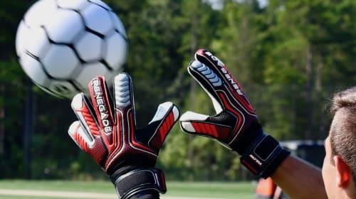 Best Women's Goalkeeper Gloves