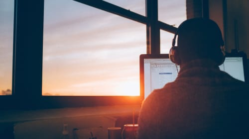 Five Great Ways to Earn Money Online