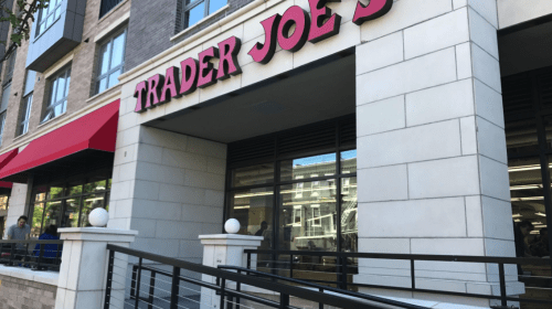 5 Pet Peeves Trader Joe Employees Have About the Customer