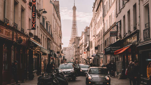 Top Things That a First Visitor Can Do in Paris