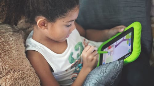 How To Choose the Right Tablet for Your Child