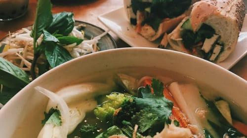 The Bronx Vegan Eats: Vegan Pho + Banh Mi