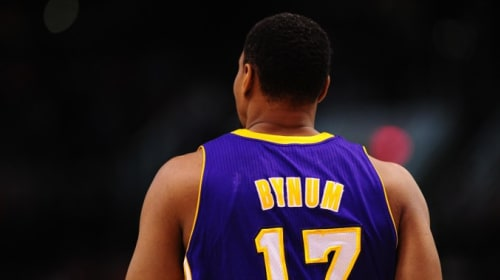Can Andrew Bynum Make a Comeback?