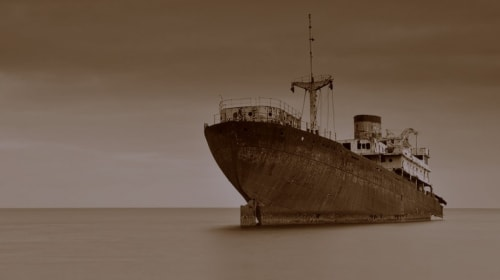 Is This Ghost Ship The Story We Should Be 'Shipping' In 'American Horror Story' Season 7?