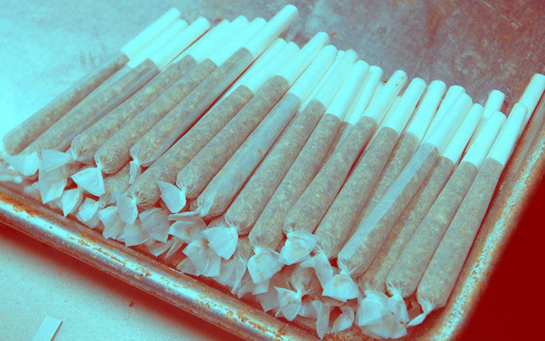 Ultimate Rolling Paper Guide Potent