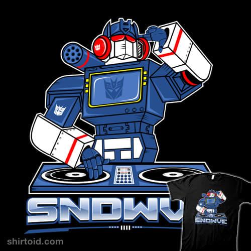 Soundwave t-shirt graphic