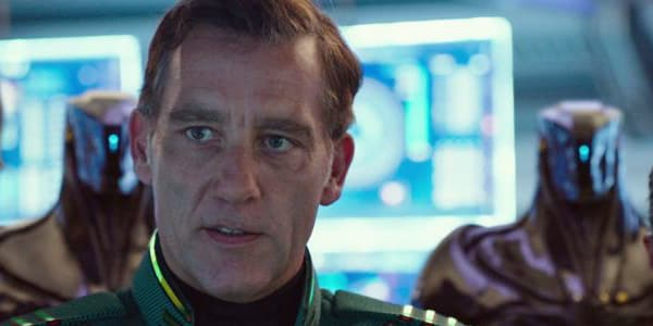 The Commander - Clive Owen as Arün Filitt