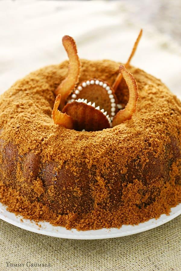 Sarlacc Bundt Cake